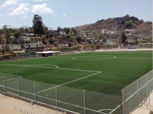 Cancha de Futbol Soccer Pasto Sintetico Sportmaster